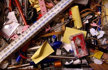 messy_drawer